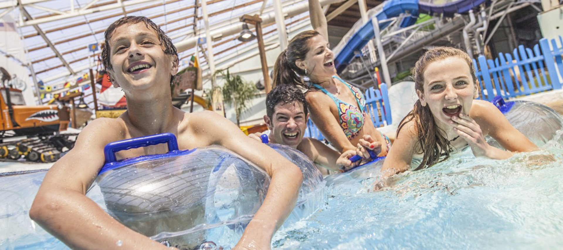 Suntan Year-Round: Texlon Roofing Revolutionizes Indoor Waterparks